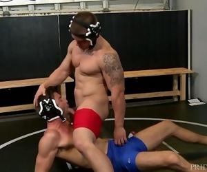 High Performance Men Fucking Horny Wrestlers
