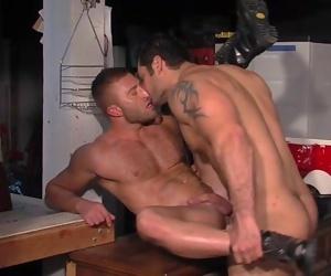 JR Bronson & Marcus Ruhl
