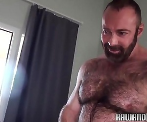 Wolf getting barebacked by hairy bear 6 min
