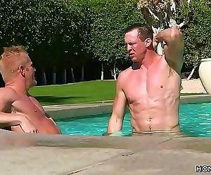 Huge cocked gay men fucking 7 min 720p