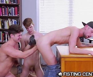 FistingCentral College Boys Take Turns Sucking, Fucking & Fisting! 8 min 1080p