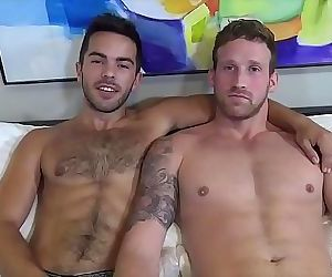 JasonSparksLiveHairy jock Riley Ross fucks Logan Carter bareback 8 min 720p