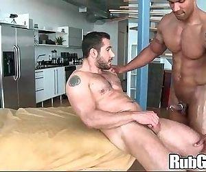 Rubgay Bear Guy Massage