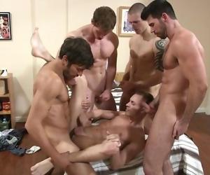 Orgy- 4 men fucking 1