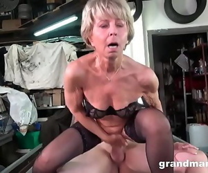 Granny wants me to fix her worn out pussy Ten min 720p