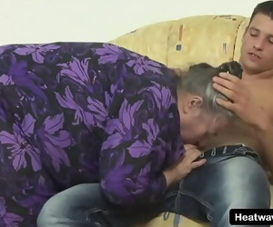 Youd never expect this big granny to be so naughty Ten min