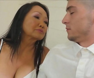 70 years old grandma instructs a youthfull guy 5 min