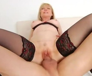 Nina Hartley Gets her Timeless Cunt Fucked