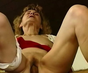 S/M 81 years old mother needs rough hook-up 12 min