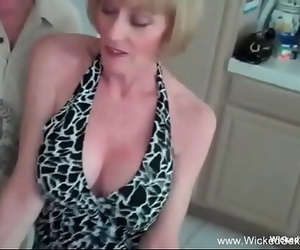 Grind For Horny Blond Inexperienced GILF