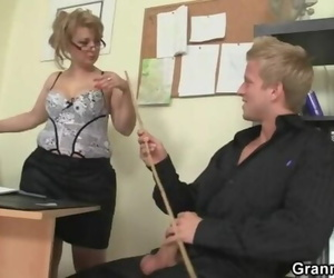 Hot Office Hookup with old Mature Bitch