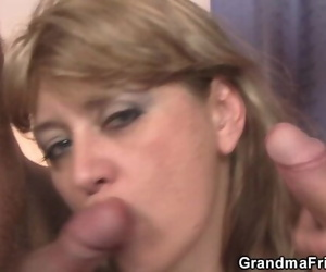 Sexy Mommy Enjoys Sucking and Ridin