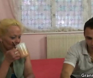 Light-haired Granny Gets her Hairy Vagina Nailed