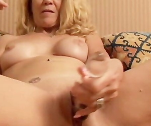Lovely Older Girl Lies back and Fucks her Juicy Pussy for..