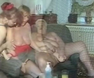Trio Big-titted Mature Hoes Deepthroating one Shaft