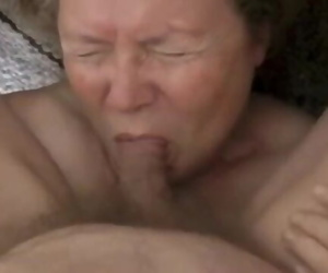 Geile Bettina Lange - Grandma Sucking Hard-on