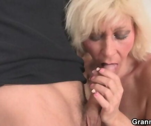 Old Blonde Ladies Pleases Young Guy