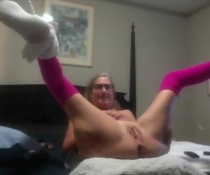 Molten MILF Slurping Vagina Screw and Nice Squirt