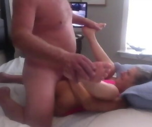 Hot Mummy Gets her Beaver Nailed Hubby gives her a Big..