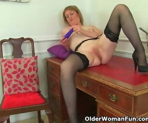 British Mummy Clare Undresses off her Secretary Outfit and..