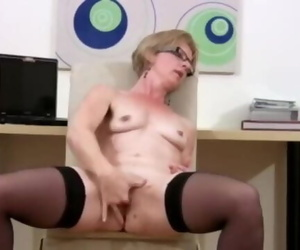 Mature Housewife Faux-cock Screw