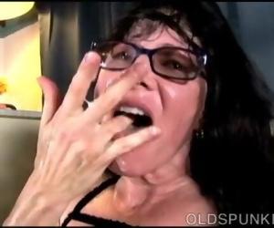 Delicious old Spunker Tammy Enjoys a Gloppy Facial Cumshot