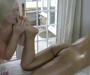 LACEYSTARR - Lezzie Massage with Amyka Lee