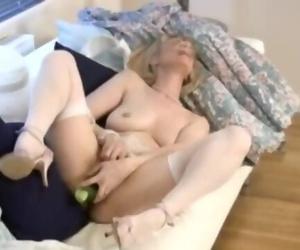 Cucumber Mature Housewife Screw