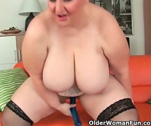 Oversized Gilfs with Big Hooters Give their Chubby Cunt a..