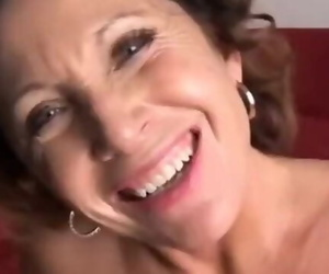 Luna is a Gorgeous Busty Mature Honey who Likes to Fuck