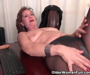 Office Granny in Tights Works her old Pussy
