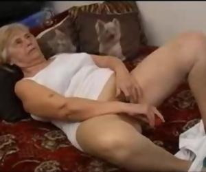 Molten Granny Loves Playthings