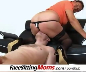 A Dude has to Munch highly old Beaver Feat. Sadism GILF..
