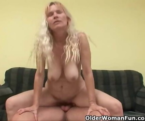 Older Mom with Fat Tits and Hairy Vagina Gets Facial cumshot