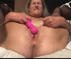 Hot Mummy Closeup Big Squirt Mature Granny 60 Yr old