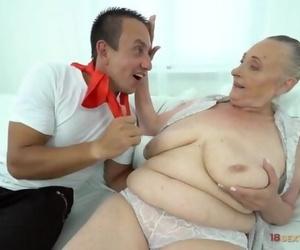 Wild Dude Fucks Fat Fat Granny