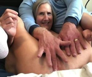 Warm MILF Vagina Gape Thick Rabbit Masturbate Orgasm Close..