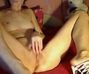 Thin Granny Squirt on Cam