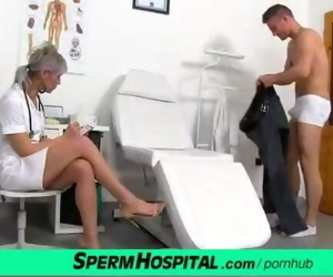 CFNM Manmeat Medical Exam with Sexy Czech Mummy Doctor Beate