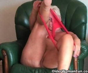 Lush Granny with Saggy Big Boobs and Plump Butt Spreads..