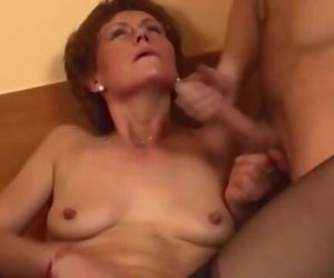 Redhead Grandma in Laced Rosebutt Screws Youthfull Dick
