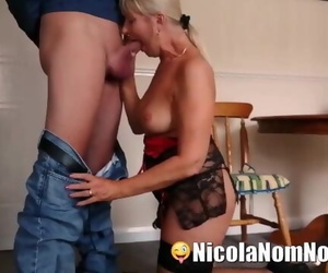Mature Wife Nails Pizza Delivery Boy