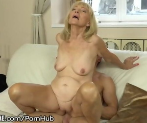 21SeXtreme Wild Granny Rails Youthful Dudes Pulsing Dick
