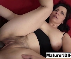 Mature with natural tits gets a creampie in her fur..