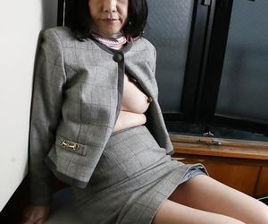 Jiggly asian granny Makiko Nakane playing her unshaven..