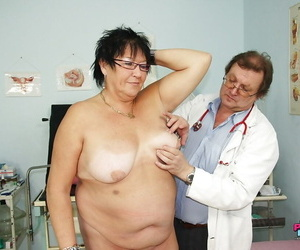 Fatty granny in pantyhose gets her trimmed pussy examed..
