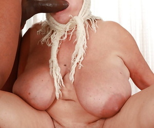 Fatty granny with expressed fun bags gets her cunt drilled..