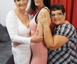 Old granny and fatty Plumper pal enjoy lesbian three way..