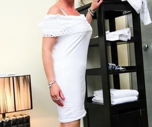 Nerdy mature secretary hikes her white sundress up and..