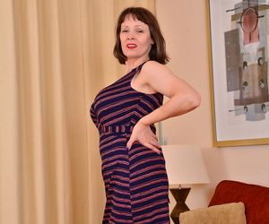Big breasted housewife tigger loves to munched around -..